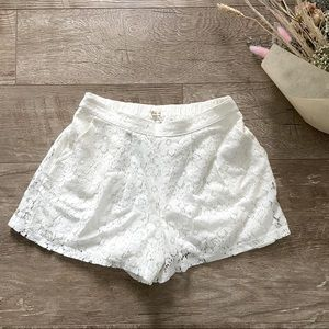 Hollister White Lace Shorts size S